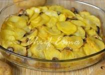 Картошка с куриным филе и грибами в сметане
